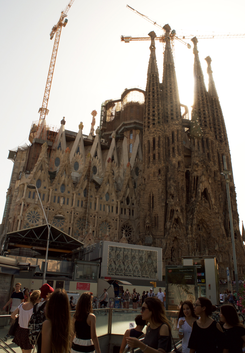 Sagrada Familia by metro