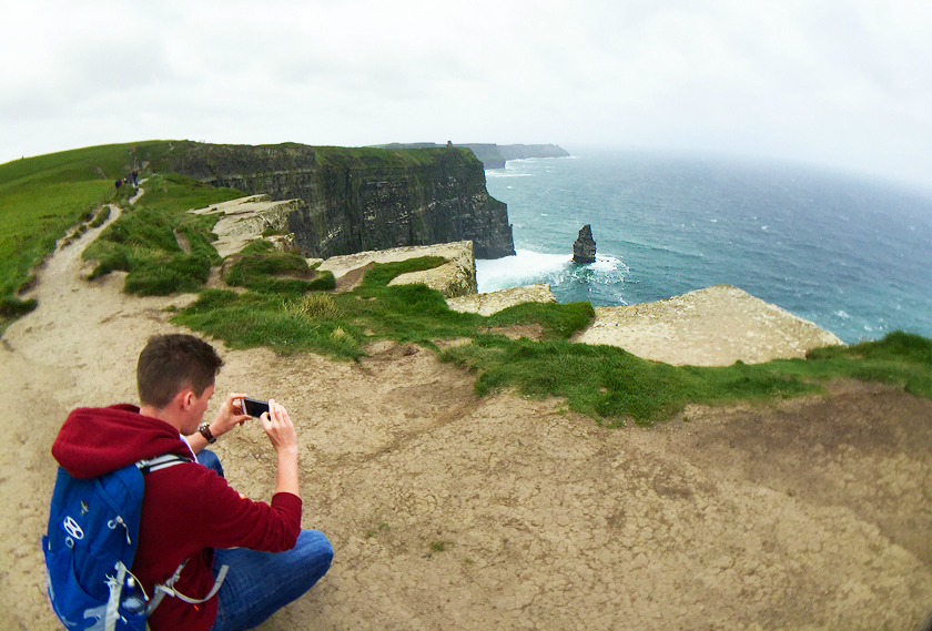 10-mr_footsteps_cliffs_of_moher