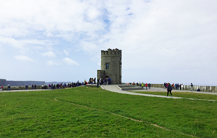 3-castle_cliffs_of_moher