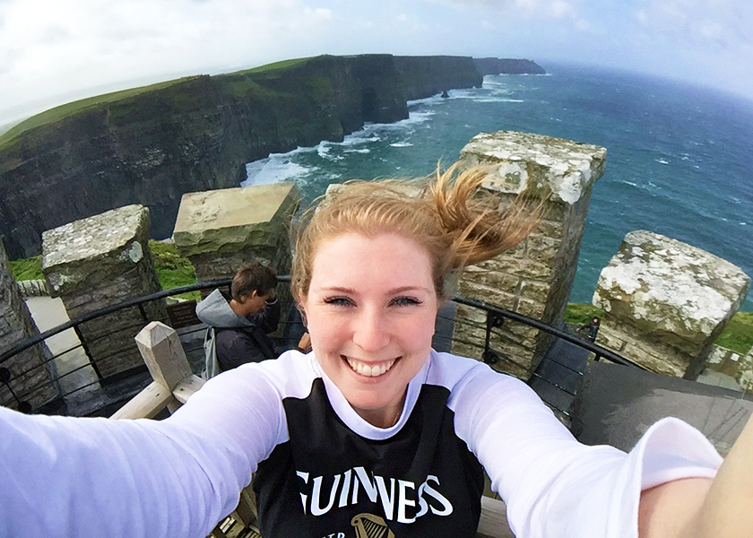 9-selfie_cliffs_of_moher