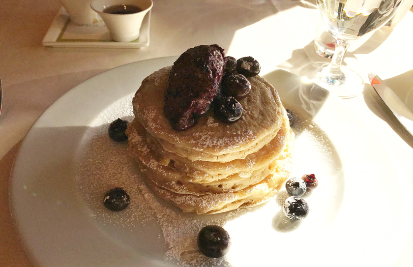 Blueberry pancakes at Tableau in the Wynn Hotel Las Vegas