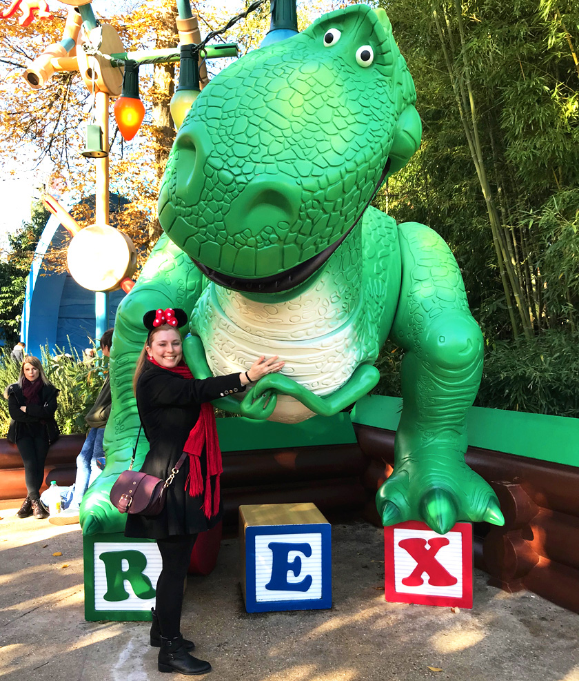Mel from Footsteps on the Globe hugging Rex from Toy Story in Toy Story Land in Disneyland Paris, Reasons to go to Disneyland Paris